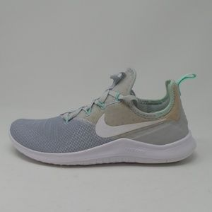 Nike Women's Free Tr 8 Running Shoes- size 7.5